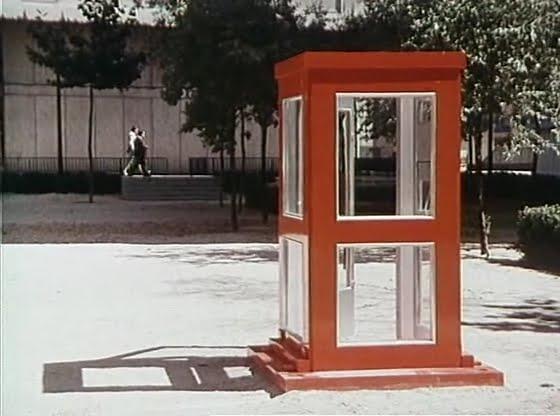 La Cabina Meaning : La cabina moviescramble
