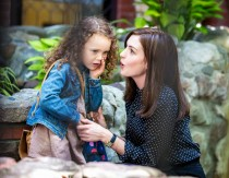 Anne-Hathaway-The-Intern-Movie