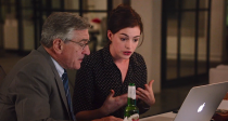 the-intern-robert-de-niro-anne-hathaway