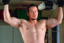Watch-Mark-Wahlberg-s-Daddy-s-Home-Trailer-151030-05